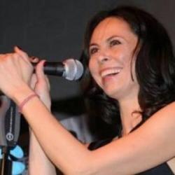 Natalia Klitschko | singer-songwriter, trained by voice expert Kara Johnstad