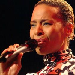 Jocelyn B. Smith - Singer-Songwriter, trained by voice expert Kara Johnstad