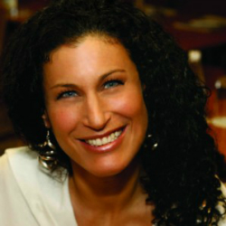 Annette Yashpon Singer-songwriter, presenter and producer. - trained by voice expert Kara Johnstad