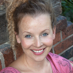 Vaile Fuchs, Actress, Singer-songwriter, Author and Producer - trained by voice expert Kara Johnstad