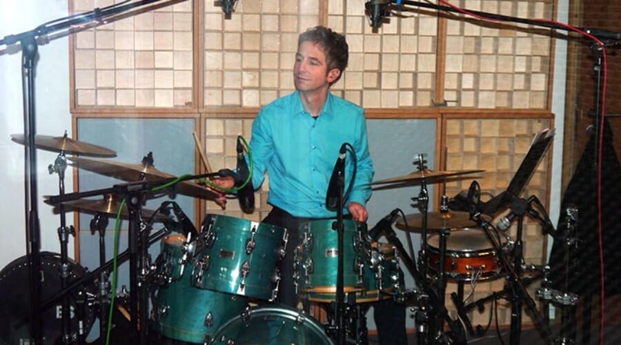 Benjamin Strauss | Drums Teacher at schoolofvoice.berlin