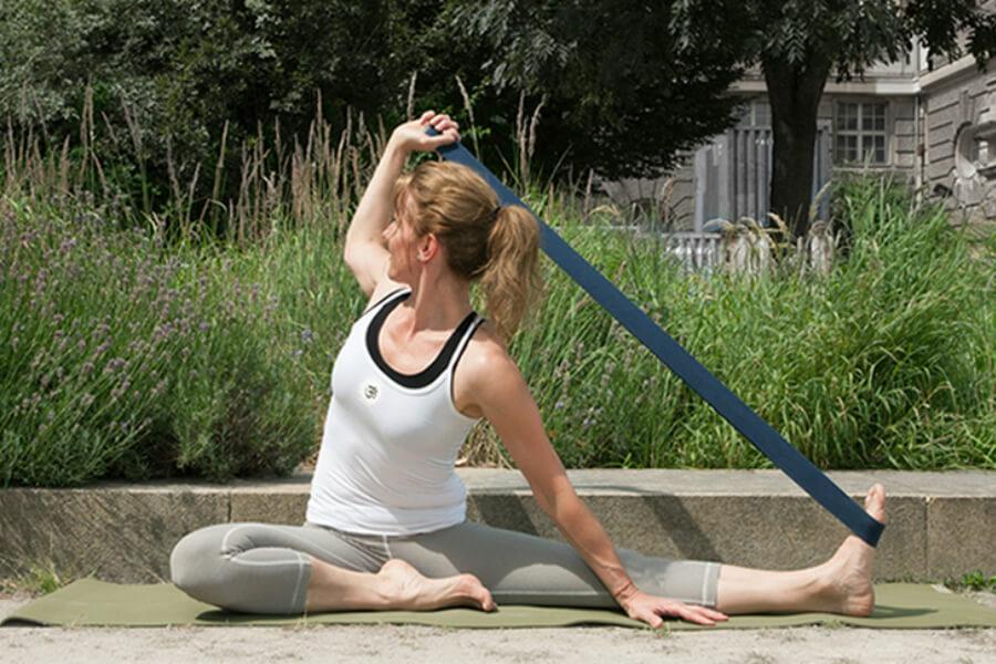 Physio Yoga mit Anke Hofmann | www.schoolofvoice.berlin